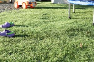 超リアルな人工芝!3色~4色の芝色を混ぜる